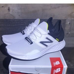 Men's New Balance Fresh Foam ROAV running shoes 13